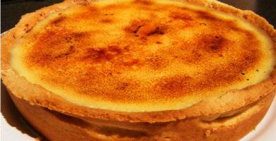 Tarta de queso ricota y dulce de leche