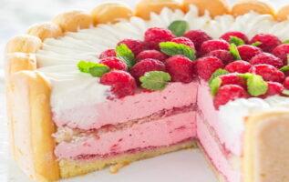 Tarta Carlota de fresas